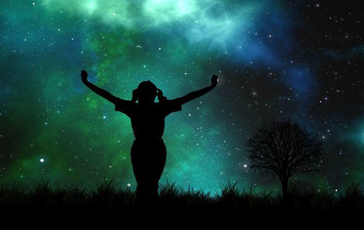Karmična astrologija opisuje vzroke dogajanj